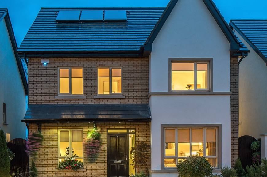 11 Cnoc Dubh Lawn, Ballyboughal, North Co. Dublin - House